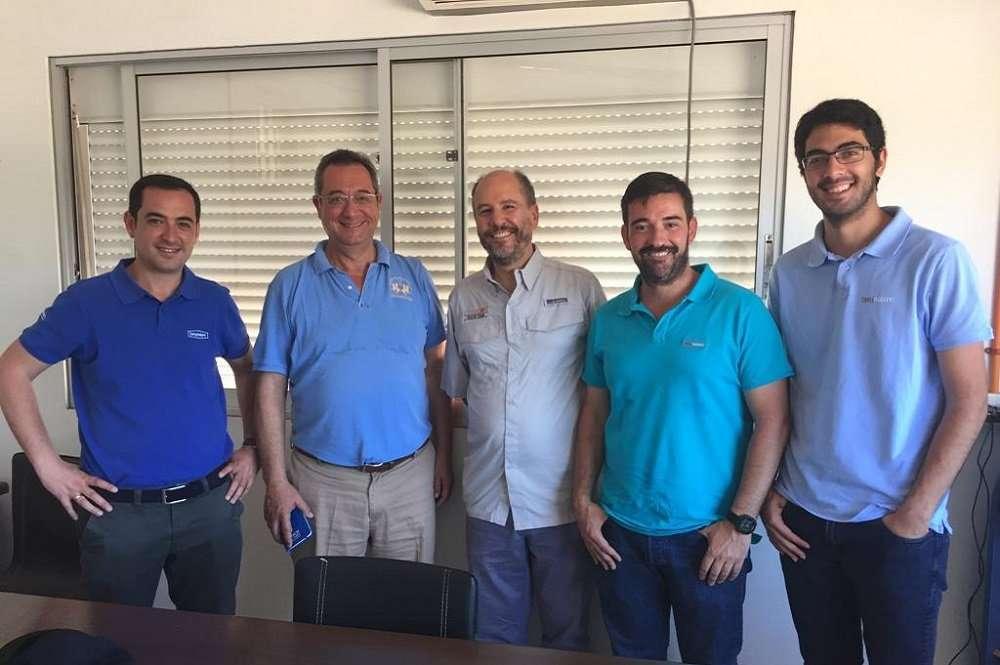 Ejecutivos de Tany Nature visitan el Programa de Mejoramiento Genético de la U. de Chile