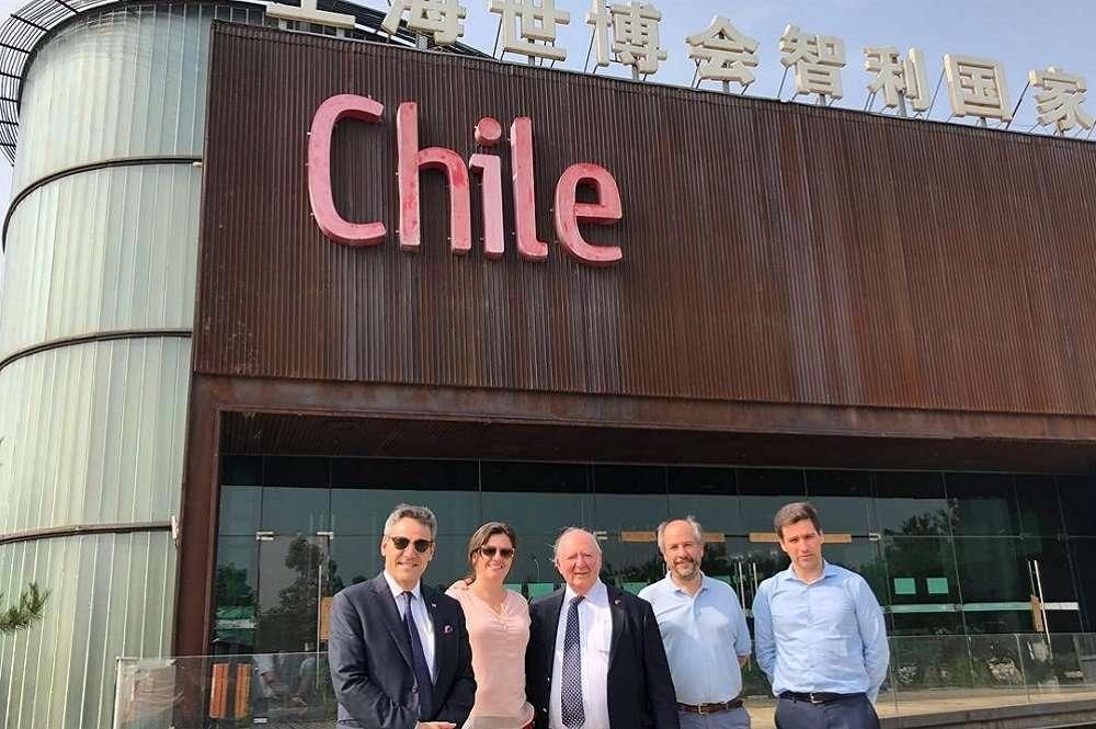 Visita de Académico a la Granja Agrícola Demostrativa Chile-China
